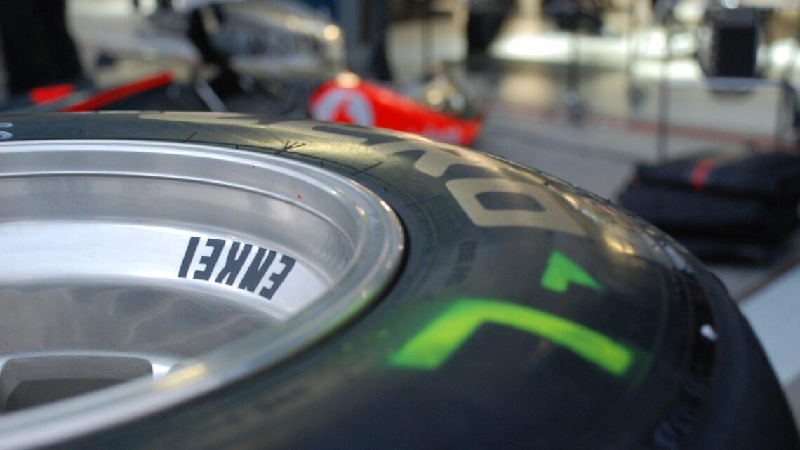 Met welke banden rijden ze in de Formule 1?