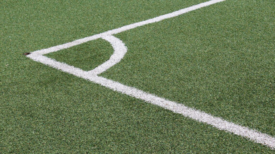 De voordelen van sporten op kunstgras